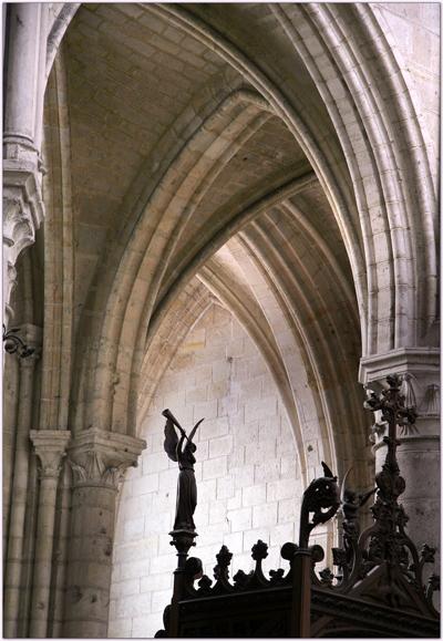 Croisées d'ogives dans la cathédrale de Soissons