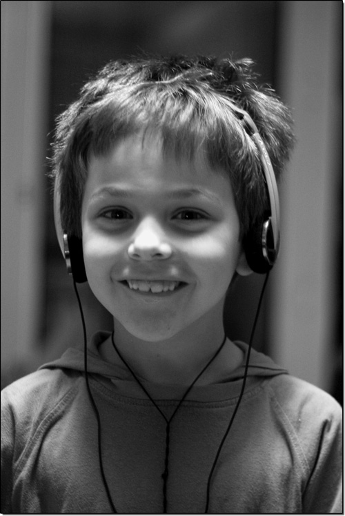 Tarquinou, les écouteurs vissés